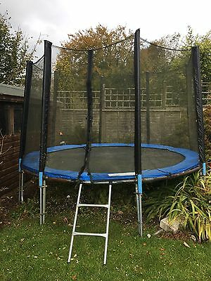 Wulf 10ft Trampoline With Enclosure Net