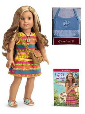 NEW American Girl Lea Clark Doll of the Year w/ Book Necklace & Messenger Bag