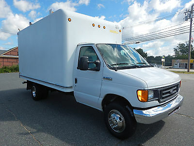 Ford E-350 Super Duty Box Truck Unicell 14ft Box Utility Service V8 Gas 2007
