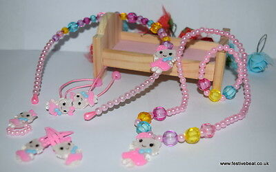 Hello Kitty kid's girl jewellery christmas charm party Necklace Bracelet set (6)
