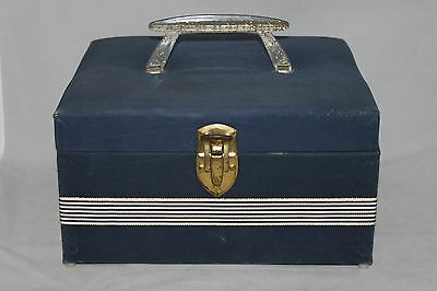Vintage Sewing Case w/ Removable Plastic Tray. Overall, Good Condition!