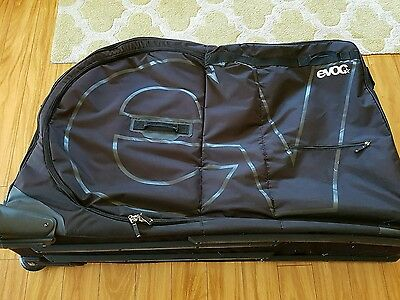 EVOC Road or Mountain Bike Travel Bag Very good Bicycle 700C Carbon Race Tour
