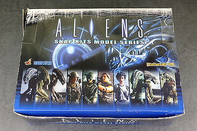 Hot Toys ALIENS Snap Kits Model figure Complete Box