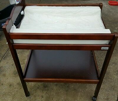 change table baby master new with new matt