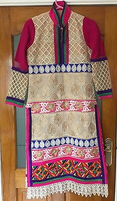Women's Size Medium Indian Pakistani Dress Shalwar Kameez Pink