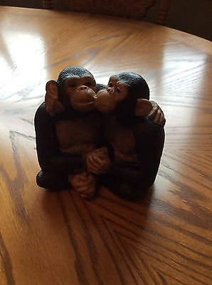 2 Gorillas Figurine Hugging, Kissing, Holding Hands Made in Thailand