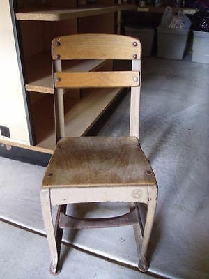 American Seating's Vintage KINDERGARTEN CHAIR. Wooden & Metal.  About 25""