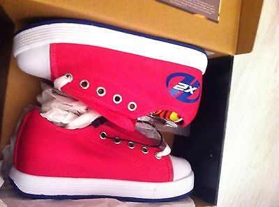 Black & Pink Heeleys Skates Trainers Size 1 New In Box
