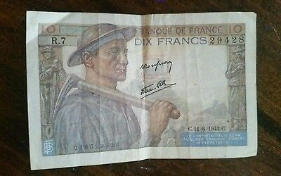 France WWII Currency 1942 Dix Francs Banknote.  Free Shipping