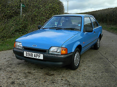 1987 FORD ESCORT L 1.3 with just 18,600 miles from new