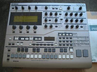 Yamaha RS7000 V1.22 w/SCSI Sampler Groove Box Synth w/SM Card/styles included!