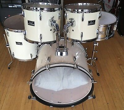 Pearl Forum 5pc Drum Kit Shell Pack White