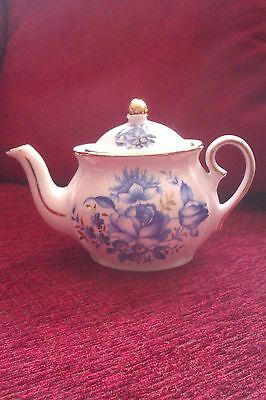 Wade Teapot, The Regency Collection