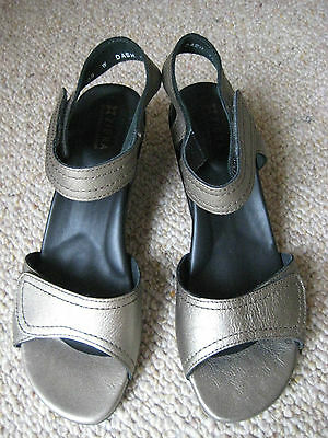 Ziera Ladies Sandals, Velcro Adjustable Straps, Pewter Leather, Size 39 (As New)
