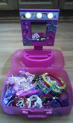 Girls Light Up Diva Makeup Station & Container Of Hair Accessories&jewellery