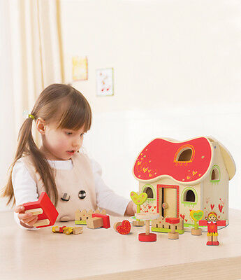NEW EverEarth Fairytale Doll House - Girls Wooden Fairy Tale Dolls & Furniture
