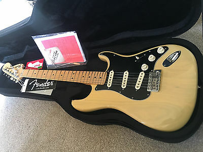 70's HeadstockUSA Fender American Standard Stratocaster MINT in a Brand New Case