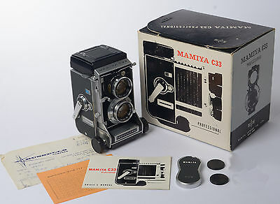 Mamiya C33 TLR Camera & 80mm f2,8 Sekor with original box and purchase receipt