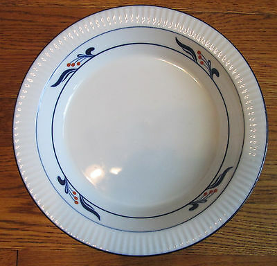 "DANSK BISTRO MARIBO Deep Dish Pie Serving Plate Crimpted Edge 10 1/4"" - Mint"