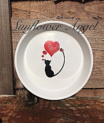 Cute heart pattern cat bowl, white bowl, black cat and red heart,15 cms diametre