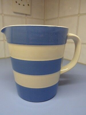 TG Green Cornishware Blue & White 1 Pint Jug in Excellent Condition