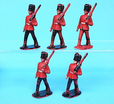 CHERILEA 50mm Plastic Guardsmen Marching (from hollow-cast moulds)