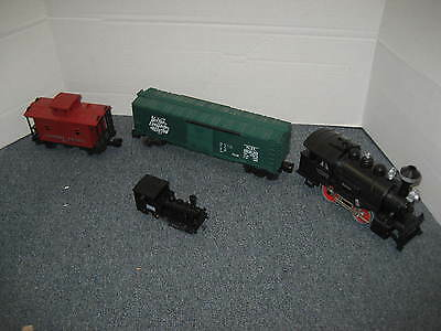 Lionel train set 8200 with extra little one
