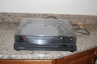 Sony PS-T2  direct drive turntable No cartridge