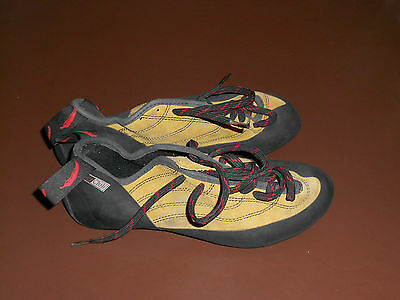 Red Chili Climbing Shoes Size 7.5