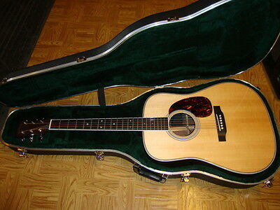 Martin HD-35 Acoustic guitar 2012 model excellent condition