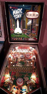 Flipper pinball magic town
