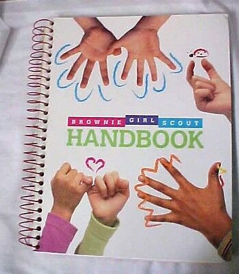 Brownie Girl Scout Handbook Spiral Bound Becoming a Scout 2000