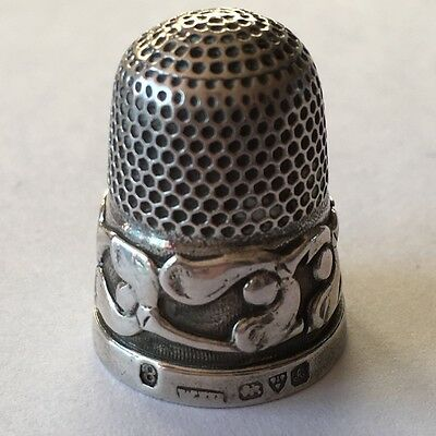 Vintage Antique English Silver Thimble with FLOWERS Hallmarked