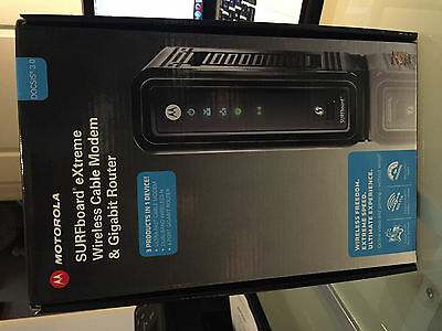 Motorola SURFboard eXtreme wirless cable modem & gigabit router DOCSIS 3.0