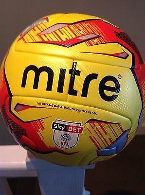 MITRE DELTA HYPERSEAM Hi-VIS Fluo 2016/17MATCH BALL FIFA APPROVED