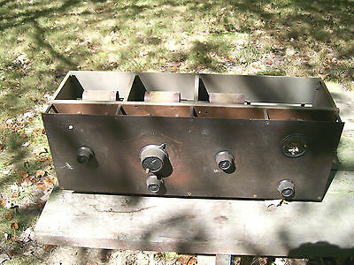 COLONIAL Model 28 radio chassis