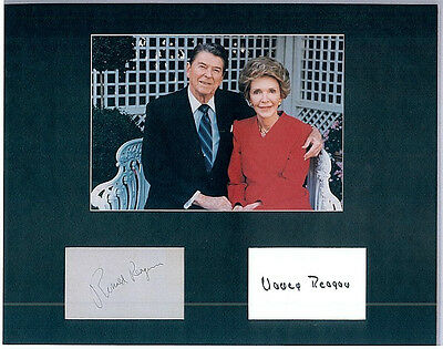 VINTAGE RONALD Reagan & NANCY Signed, Matted DISPLAY WITH PRESIDENTIAL PORTRAIT