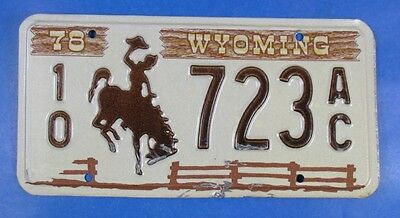 1978 Wyoming Truck License Plate 10-723Ac                                 Ul4092