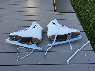 Ice skates, DK CLASSIC white leather childs