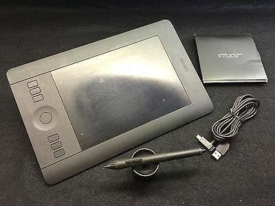 Intuos Pro WACOM 4x6 small tablet PTH451 pen & touch Mac/PC USB wired/wireless