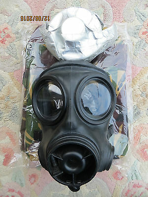 2007 British Army S10 Gas Mask (Size 2), Wrapped Filter & Brand New Haversack!