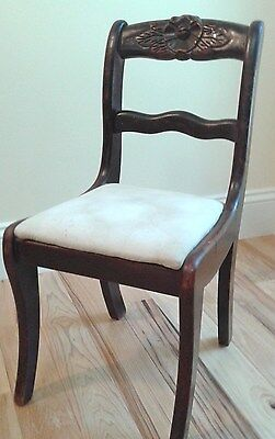 """Child's 22"""" Vintage Lexington Wood Parlor Chair Carved Flower Leaves Padded Seat"""