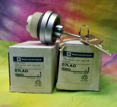 Lot Of 3 Telemecanique D7Lao 052602 Key Switch Made In Germany