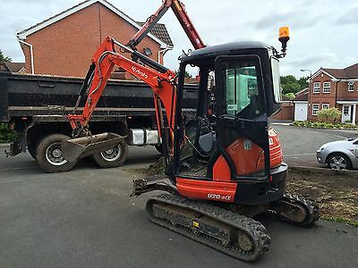 Mini Digger & Driver  Mansfield , Ripley,derby,notts,Chesterfield