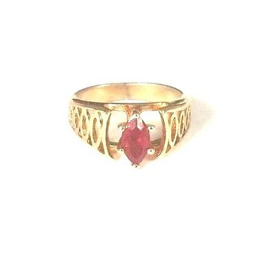 Red Faceted Marquise Glass Stone Gold Tone Filigree Solitaire Ring - Sz. 5