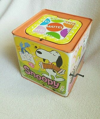Vtg old toy SNOOPY in the music box MATTEL Peanuts characters 1966