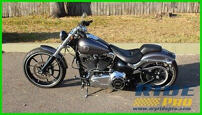Softail® Breakout® 2015 Harley - Davidson Softail Breakout FXSB 1689 LOW CRUISER MOTORCYCLE RESERVE