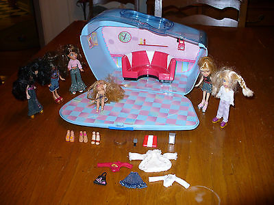 Bratz Doll Carry Fold Out Case Diner Lot