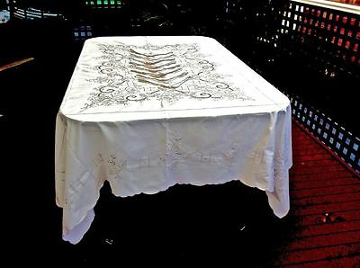 Outstanding Antique Cream Linen Hand Crafted  Madeira Tablecloth 210  X 170 Cm.