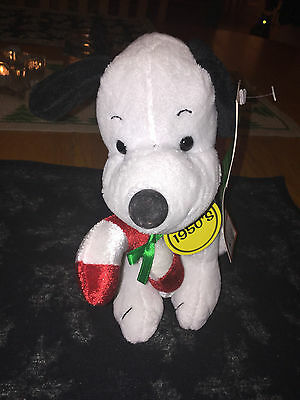DanDee 1950's Christmas-themed plush Snoopy